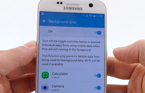 restrict background data on Galaxy S7